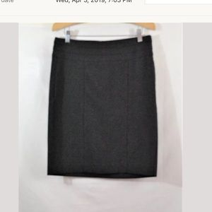 CAbi Style# 505 Charcoal Gray Pencil Skirt Sz 6
